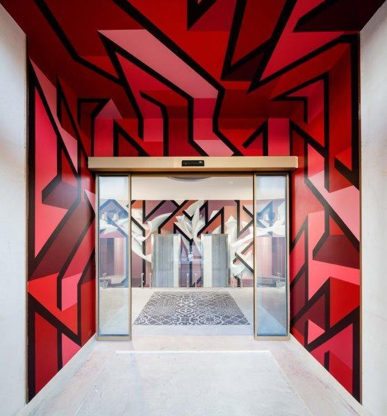 NYX Milano: l'hotel diventa opera d'arte tra street art d'avanguardia e design ricercato