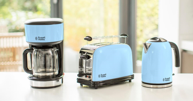 Dai colore alla colazione con Colours Plus+,  la linea per la colazione che si abbina alla tua cucina